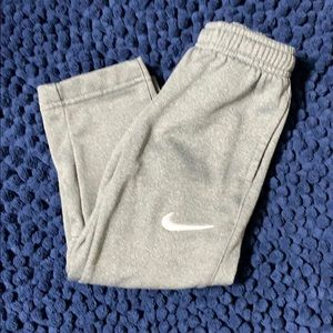 EUC Size 2T Gray Nike Toddler Pants